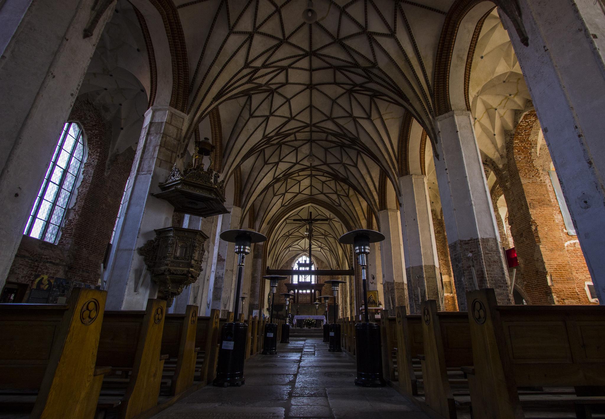 W 2006 roku doszło tutaj do głośnego pożaru, w wyniku którego zawalił się dach, ale nie ucierpiało wnętrze kościoła. Udało się również uratować wieżę. Całe wydarzenie opisane jest na ścianie, w bocznej nawie świątyni.