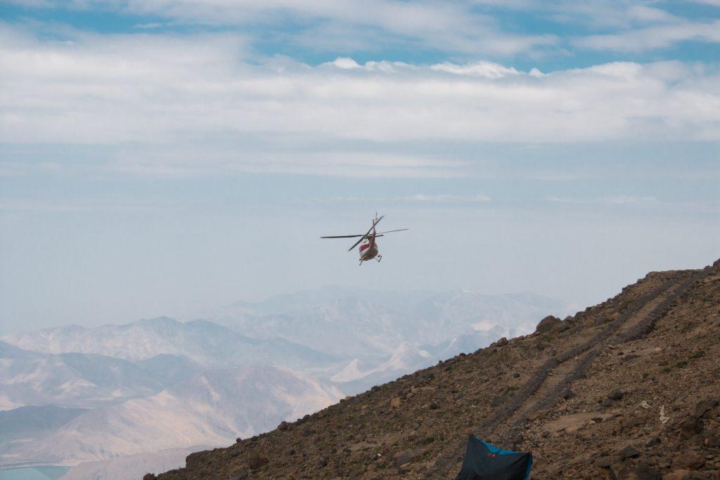 Zaraz obok schroniska jest lądowisko dla helikopterów - na szczęście my nie musieliśmy z niego korzystać