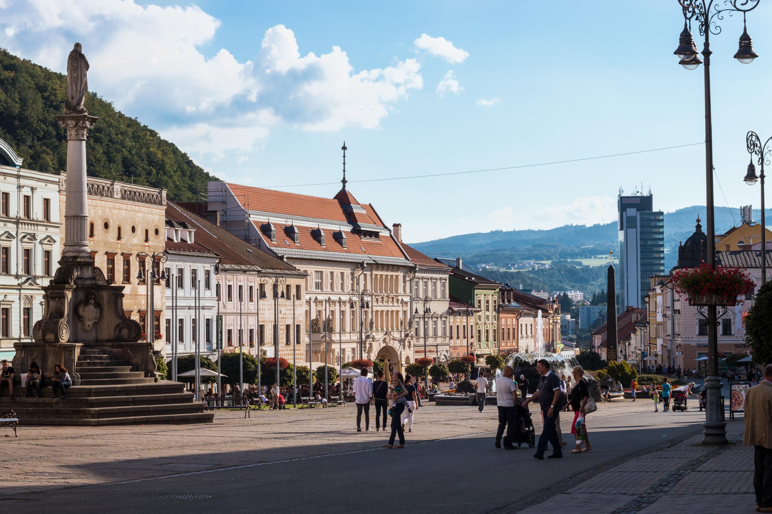 Plac Słowackiego Powstania Narodowego w Bańskiej Bystrzycy