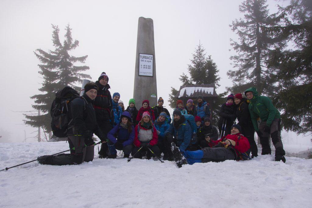 Grupa na szczycie Turbacza