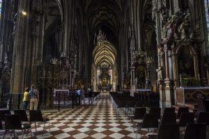 Wnętrze Katedry św, Szczepana, Wiedeń