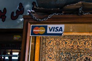 Iran wciąż jest mocno odizolowany od reszty świata, a płatność kartami jest możliwa tylko teoretycznie.