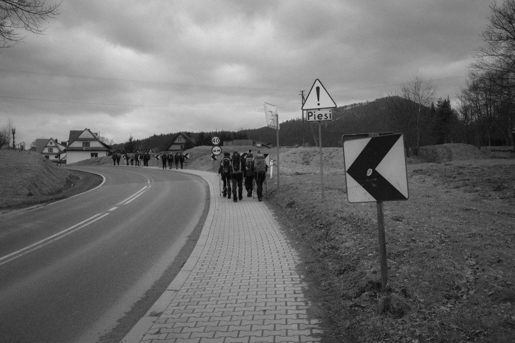 Gdy ruszaliśmy z Kasiny Wielkiej, podejście nie zapowiadało się tak stromo ;)