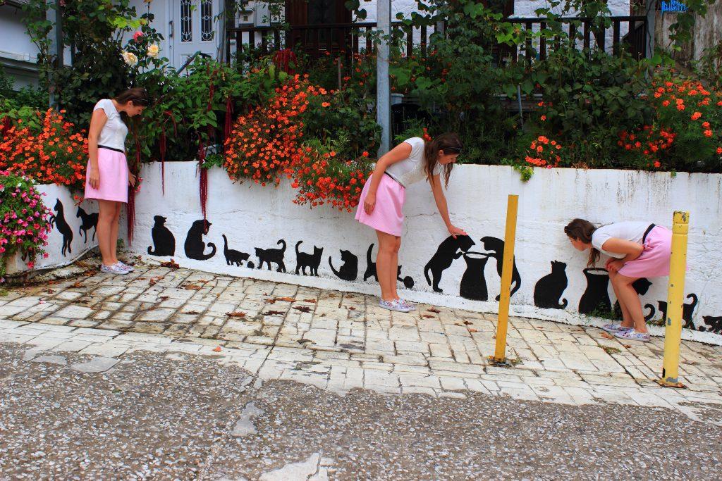 Grecja. Ktoś tu chyba ma kota na punkcie ... kotów. :)
