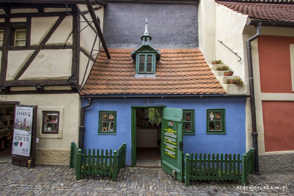 Złota Uliczka. Małe kolorowe domki to jej znak rozpoznawczy.