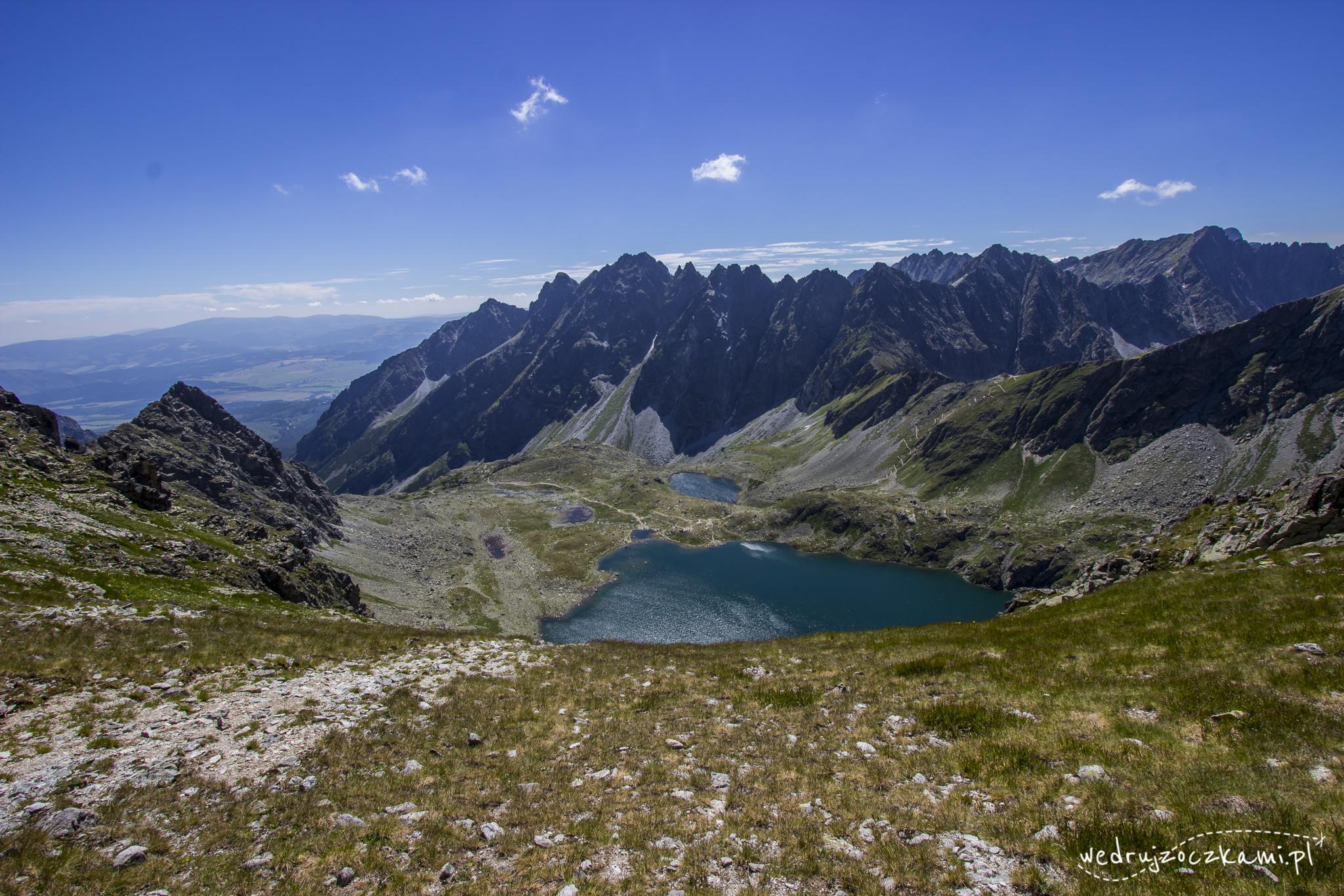 Przełęcz pod Chłopkiem. Widok na słowacką stronę