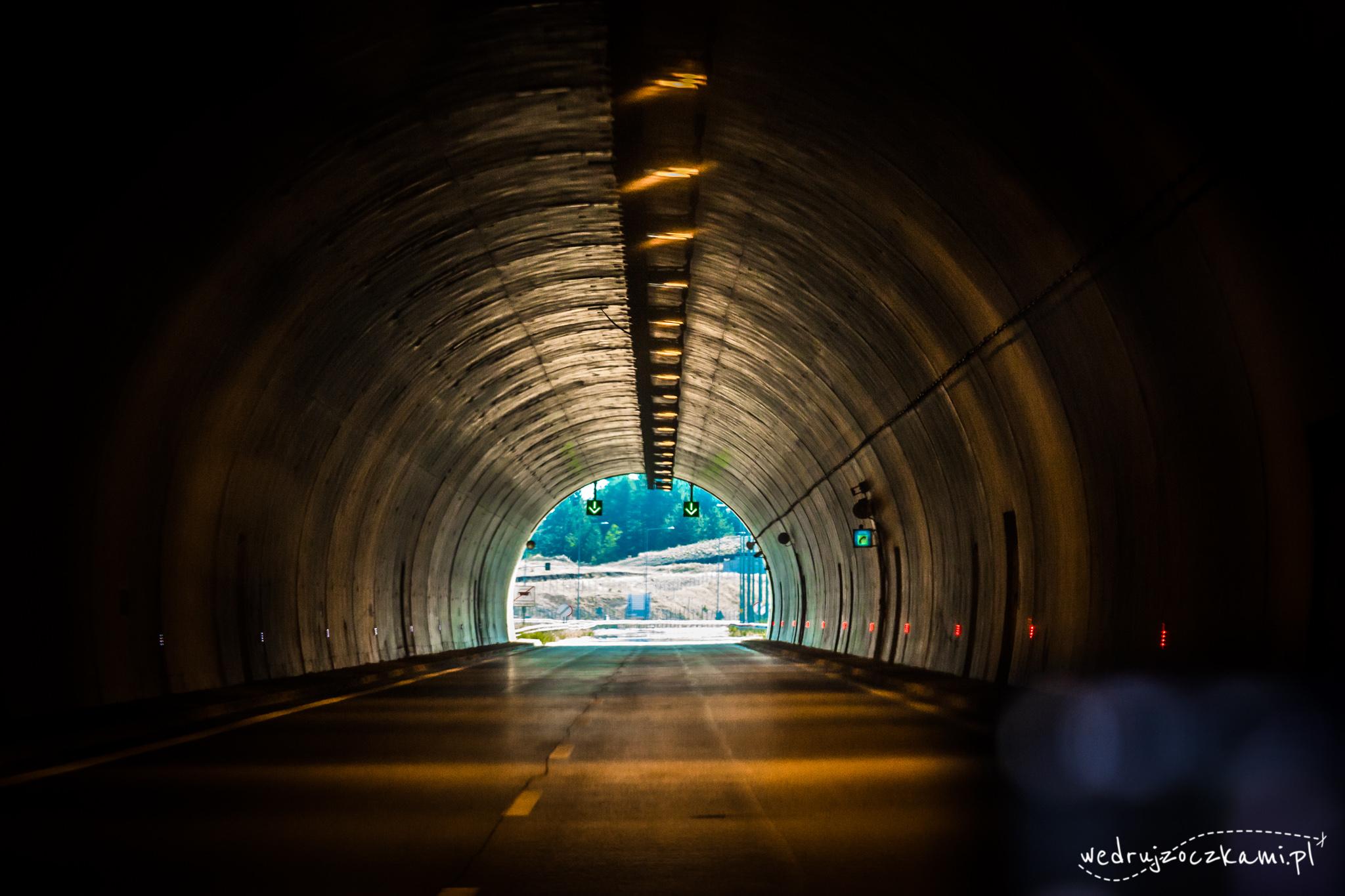Jeden z wielu tuneli na greckich autoradach. ;)