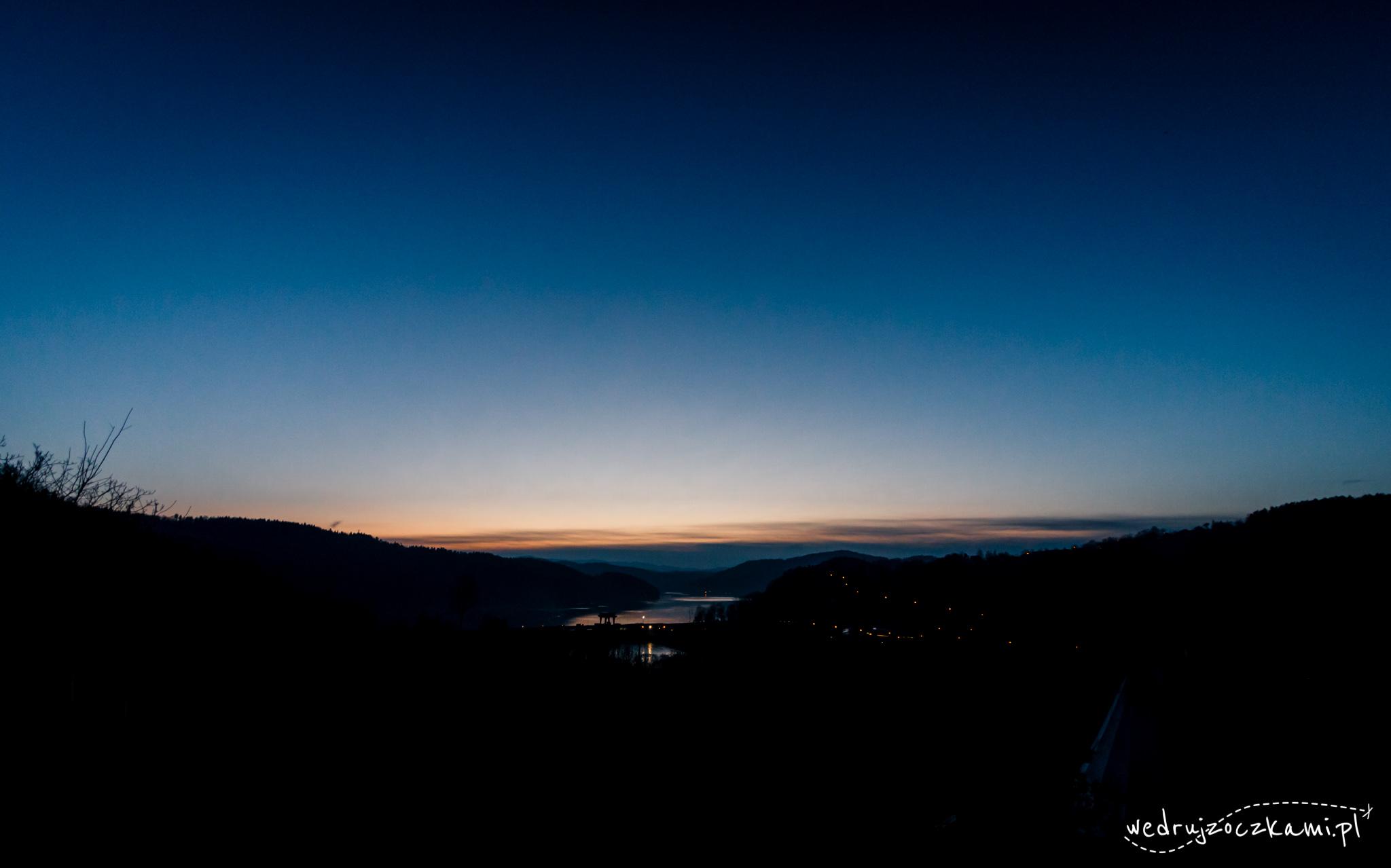 Wieczór nad Jeziorem Czchowskim
