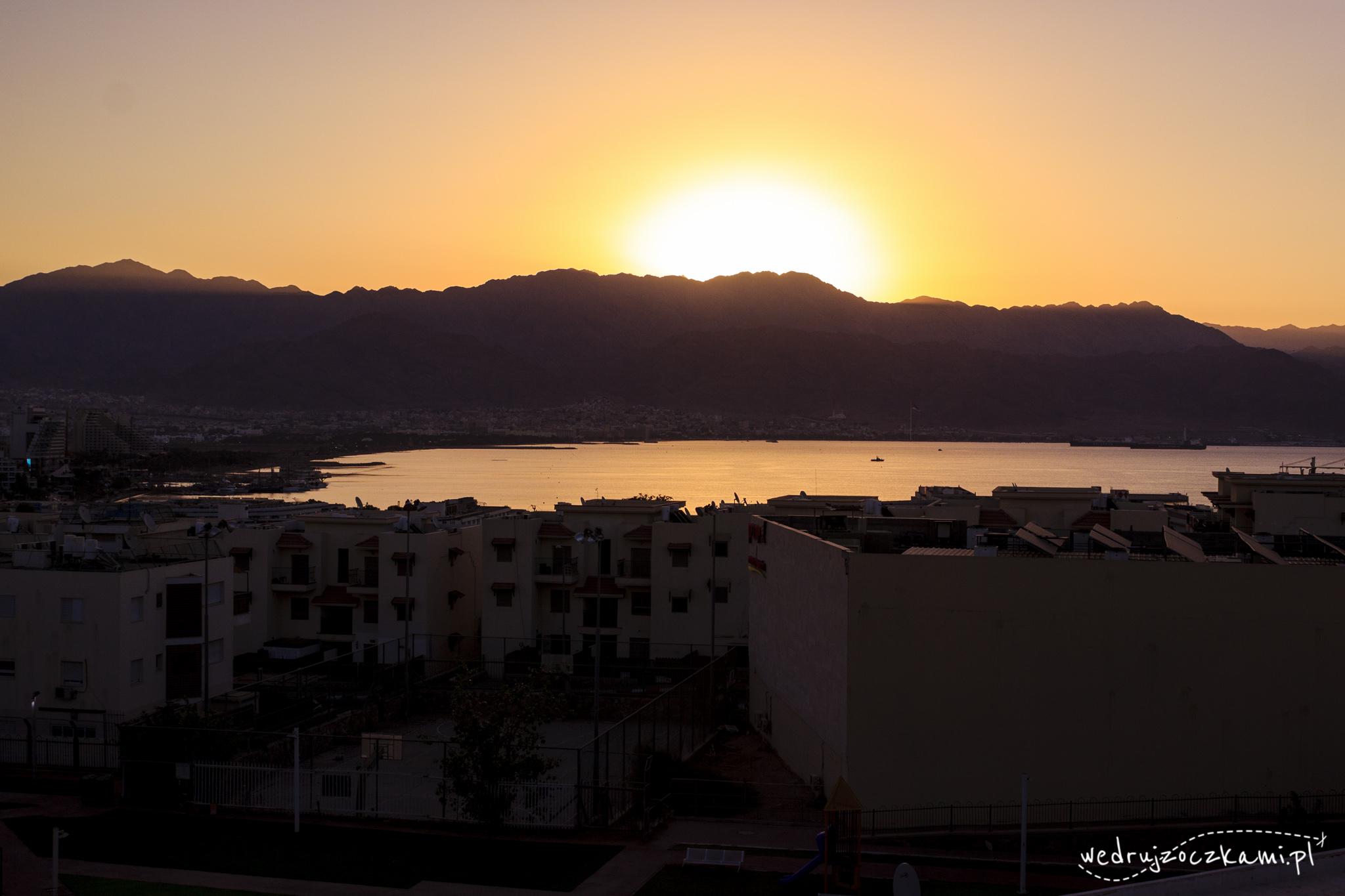Eilat. Widok z naszego tarasu na Jordanię. Czyż nie jest pięknie? :)