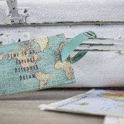 Dodatki ślubne – walizka na koperty – Zrób to sam