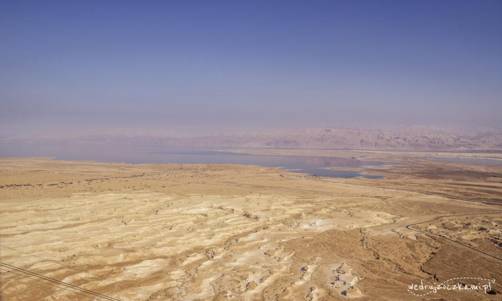 Krajobraz rozpościerający się z Masady. Widok na Morze Martwe