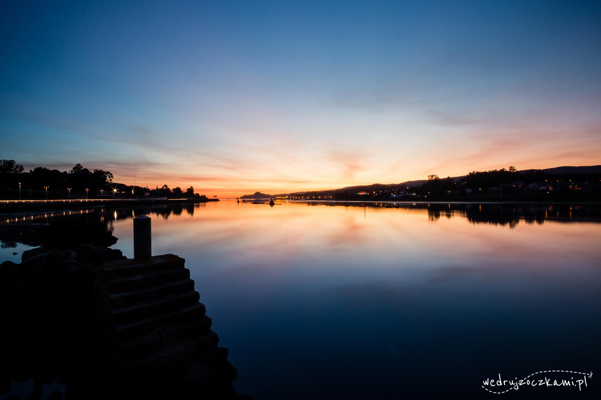 Zachód słońca w Pontevedrze.