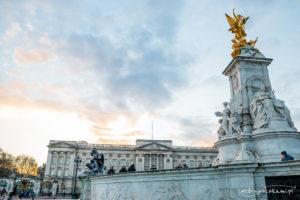 Pomnik Królowej Wiktorii przed Pałacem Buckingham