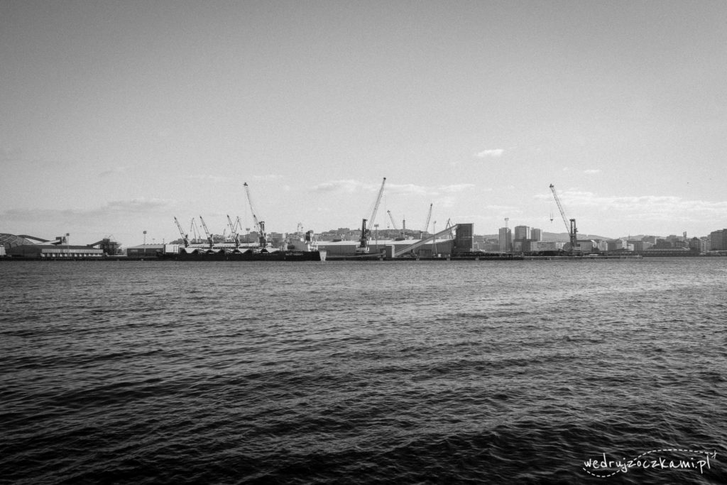 Port - coś nas ciągnie do czarno-białej obróbki
