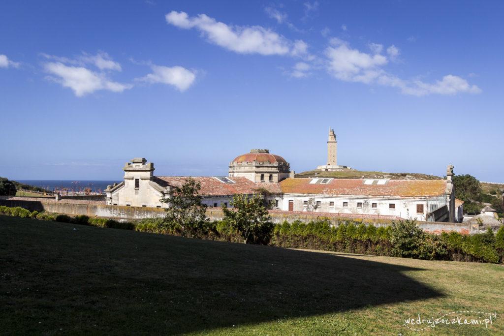 Dawne więzienie i latarnia morska
